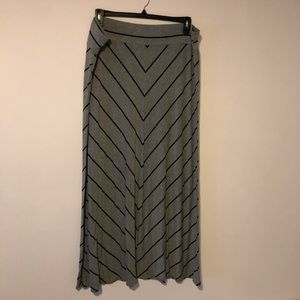 Ava & Viv Gray Black Maxi Skirt 2X